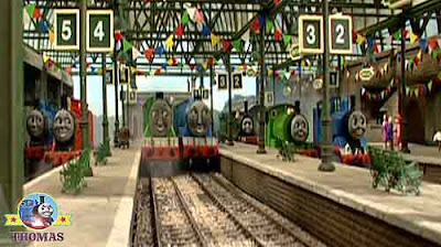 Knapford station Thomas Gordon the big engine bunting flags James and red balloon party decorations