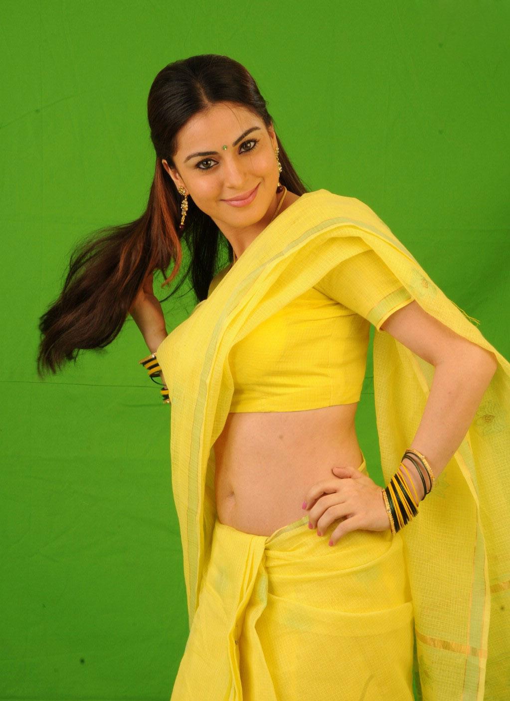Sonam Kapoor Hot Pics | Sex best Position