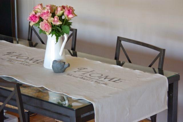 bieżnik na stół, lniany bieznik
