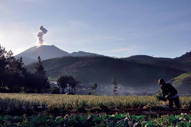 Keunikan Dan Mitos Gunung Slamet