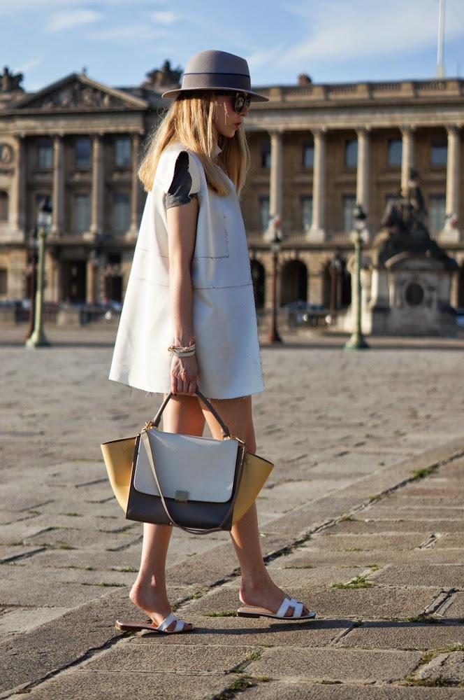 chic, fashion blogger, denim shorts, streetstyle, paris, parisienne, céline, hermès, maison michel