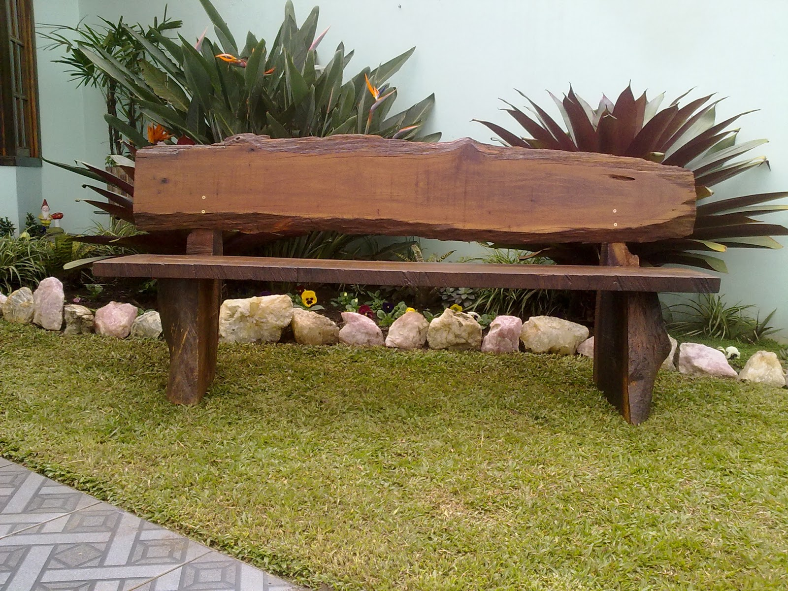 banco de jardim em pvc : banco de jardim em pvc: Cachepots – Marcenaria Artesanal: Bancos para jardim em Imbuia
