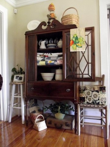 Homemaking Dreams Decorating With Mama S Antique China