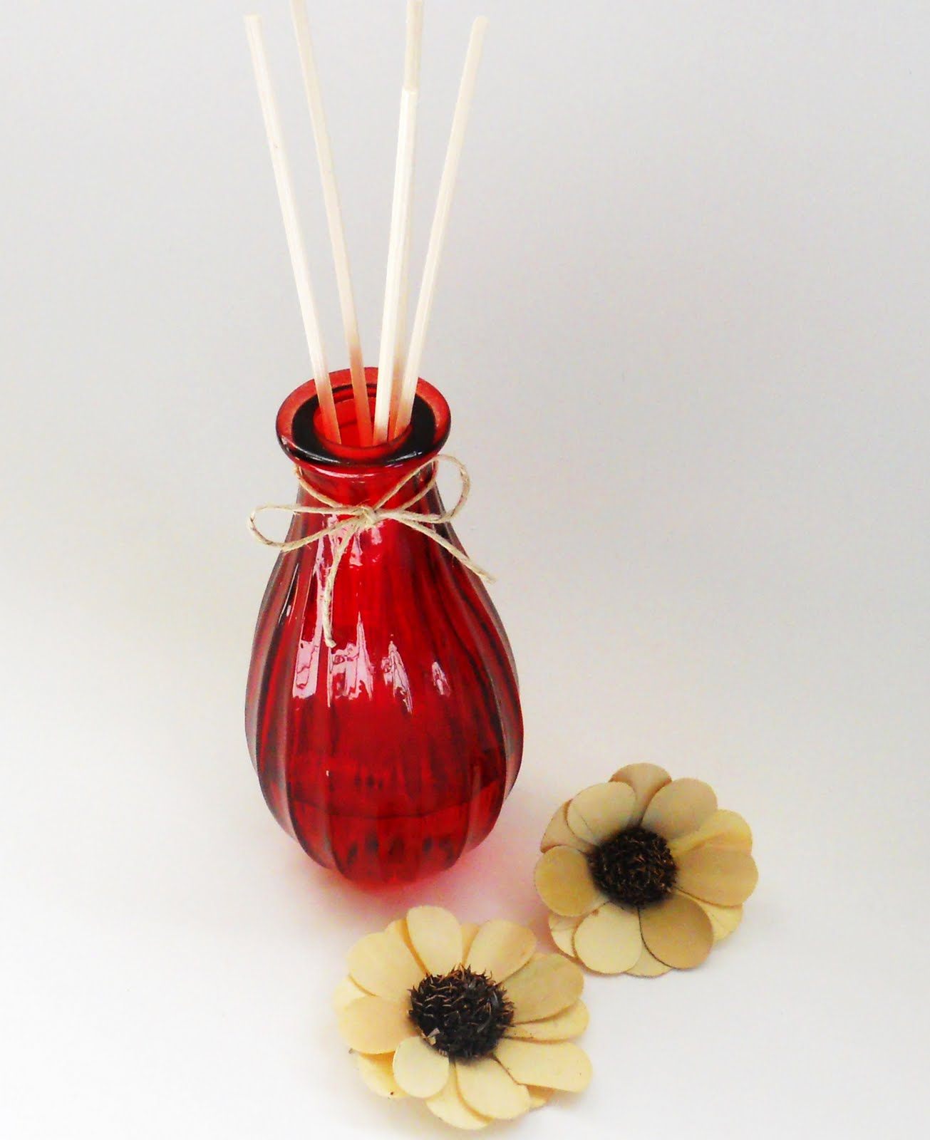 how-to-make-your-own-reed-diffuser-home-fragrance