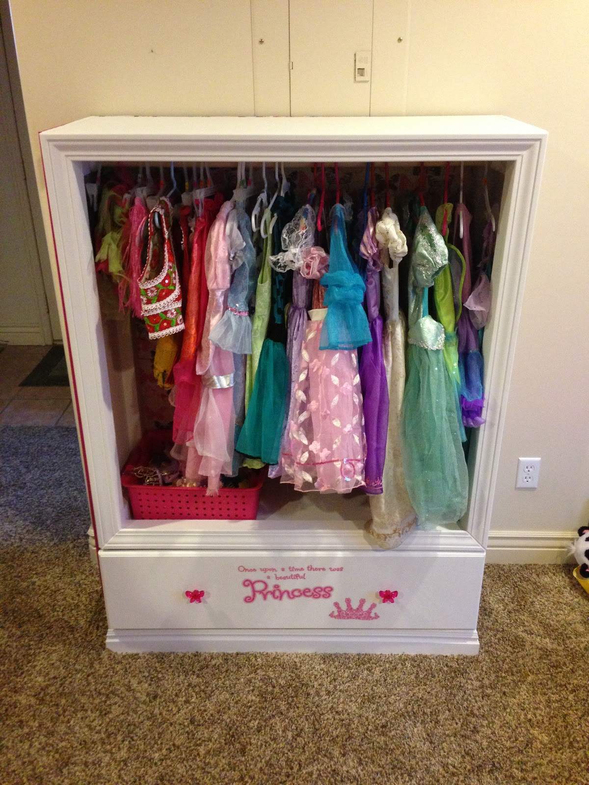 the call family the girls new dress up armoire. Black Bedroom Furniture Sets. Home Design Ideas