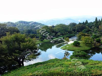 View of Yokuryuchi Pond from top of Villa