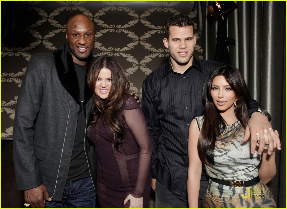 http://3.bp.blogspot.com/-ZTAuhyHZP0E/Tjib3nhM2hI/AAAAAAAAAK8/1EZBMlXXwl8/s1600/kim-kardashian-kris-humphries-all-star-party-03.jpg