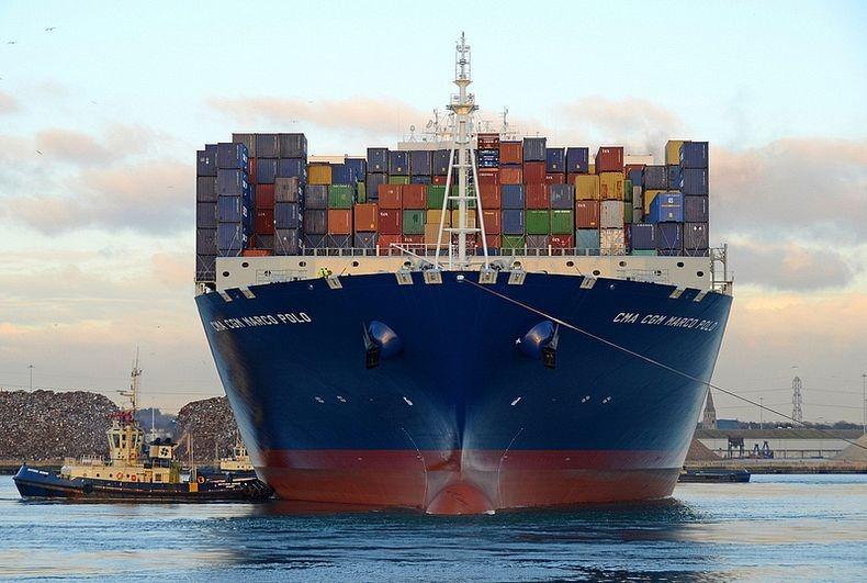 Pix grove world 39 s largest container ship - Le plus gros porte conteneur de chez maersk ...