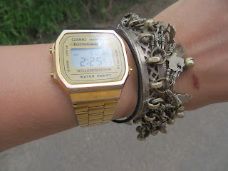 vintage casio gold watch bracelet ootd lace dress fashion pink