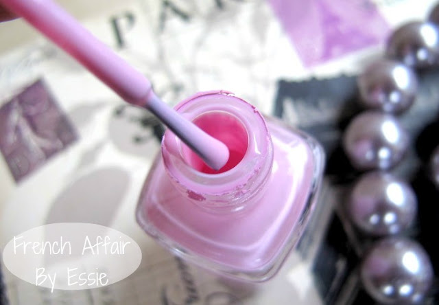 Essie French Affair nail polish