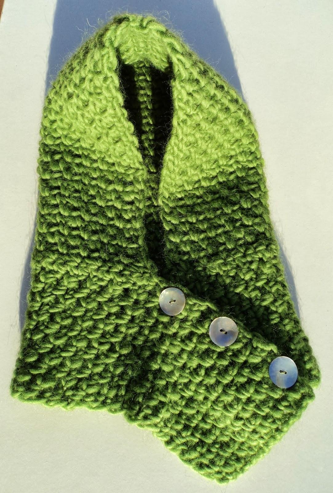 Re-Enganchada: Cowl-scarf with hood - Cuello-bufanda con capucha