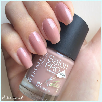 Rimmel-Kate-Moss-Nude-collection-salon-pro-nail-polish-soul-session-237-swatch