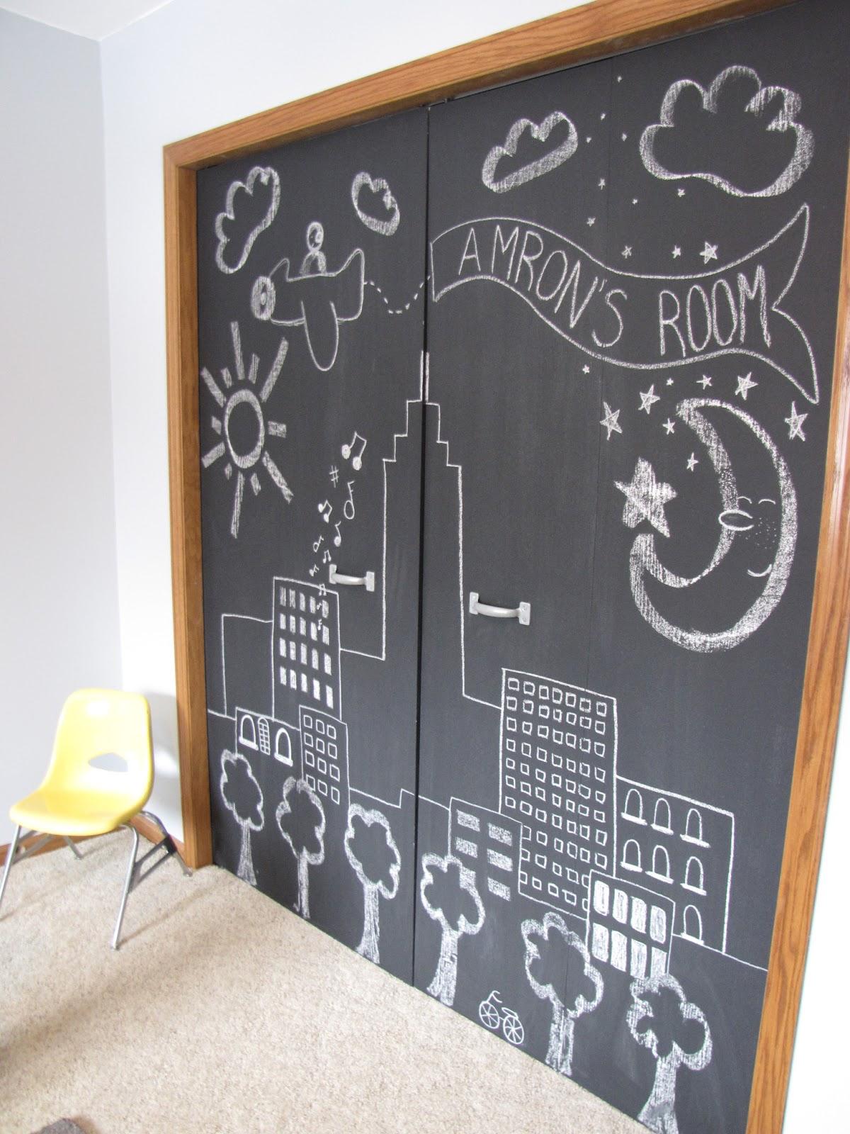 DIY Chalkboard Closet Doors & Wispy House: DIY Chalkboard Closet Doors