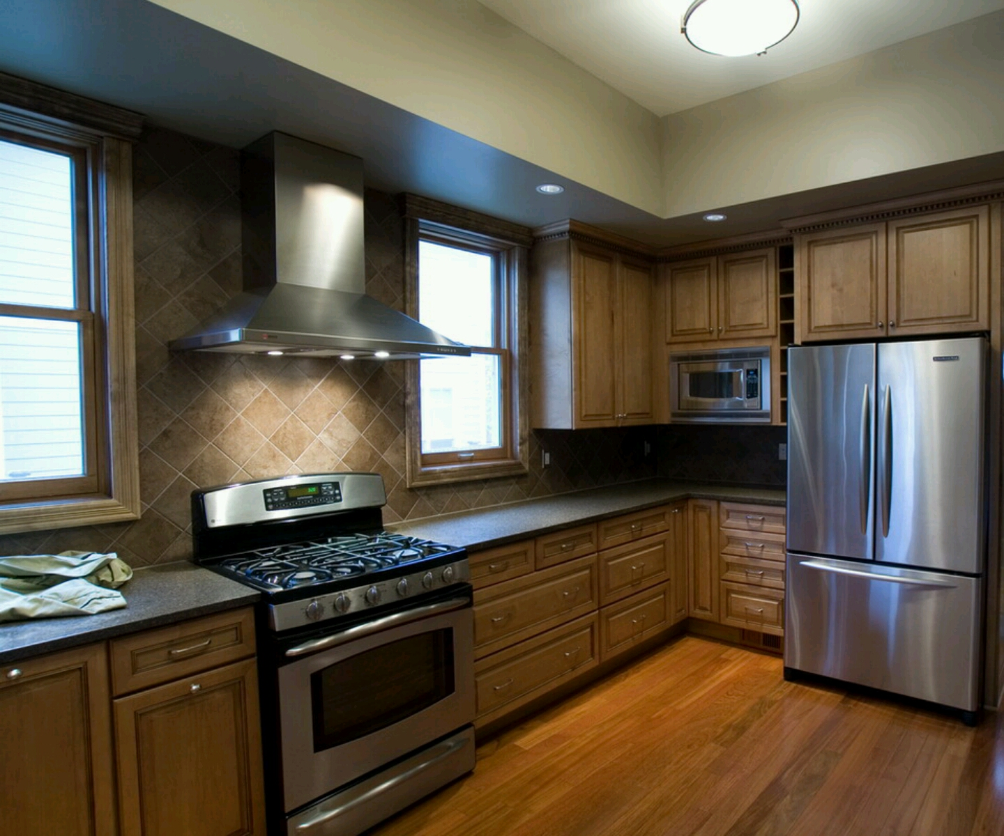 Photos Of Modern Kitchens