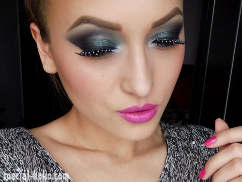 http://3.bp.blogspot.com/-ZTuGWFRBCkQ/USc6vrJ8rxI/AAAAAAAAZgE/saSJD4Afylc/s1600/Smoky+Dark+Green+PartyNight+Make-up++%25282%2529.JPG