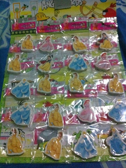 ... About Family...: Party Favors from Divisoria (Disney Princess theme