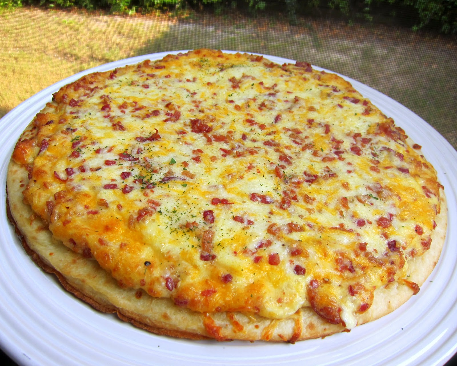 Chef Mickey's Breakfast Pizza - Plain Chicken