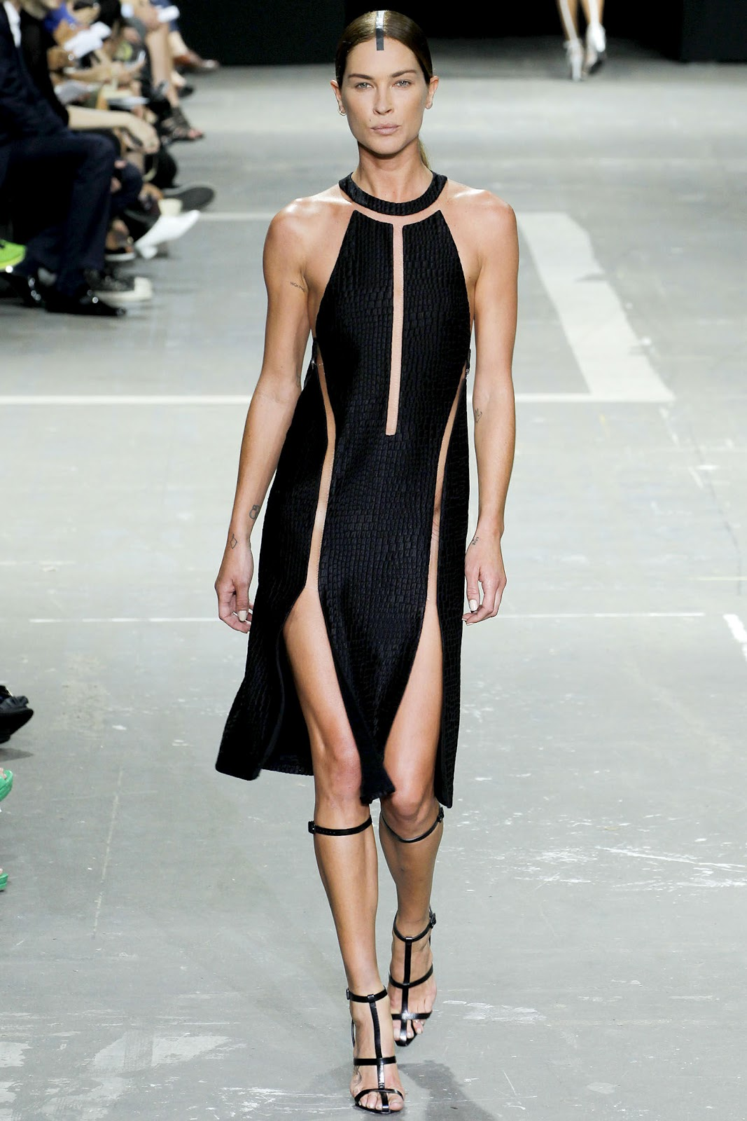 http://3.bp.blogspot.com/-ZU8Mw4WhiPY/UEzS6QC-U_I/AAAAAAAAn1I/vSGQsrAZ_rc/s1600/New-York-Fashion-Week-Alexander-Wang-Spring-2013-Collection-34.JPG