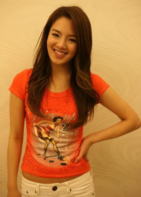 kim hyo-yeon biography k pop - girls generation