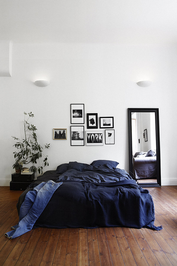 Dark blue details in the bedroom | Image via Fantastic Frank