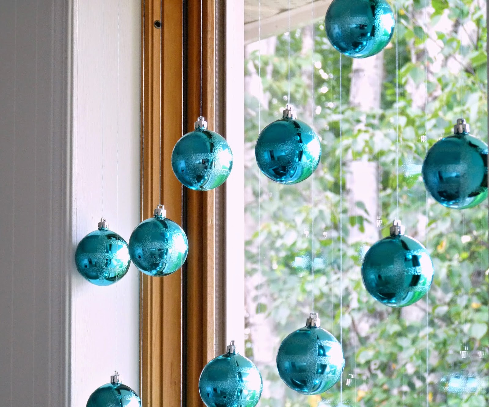 aqua ornaments in window - Aqua Christmas Decorations