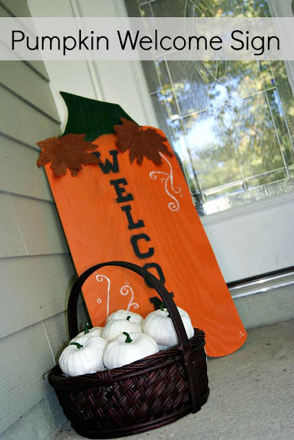 pumpkin welcome sign