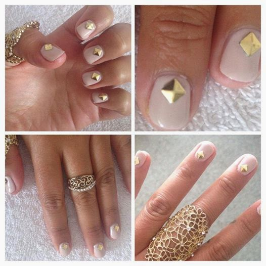 Nude nails Hard gel with gold studs