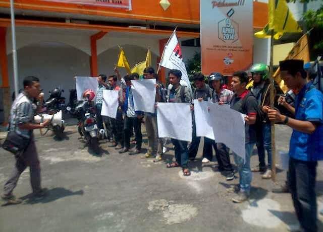 demo mahasiswa pemilu