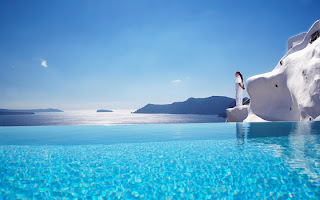 santorini luxury hotels 4