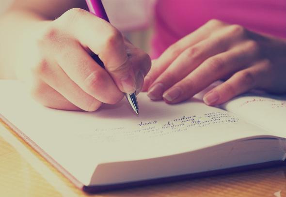 escribir en un diario, volvi a escribirle, frases para un ex, frases de primavera, historias de amor