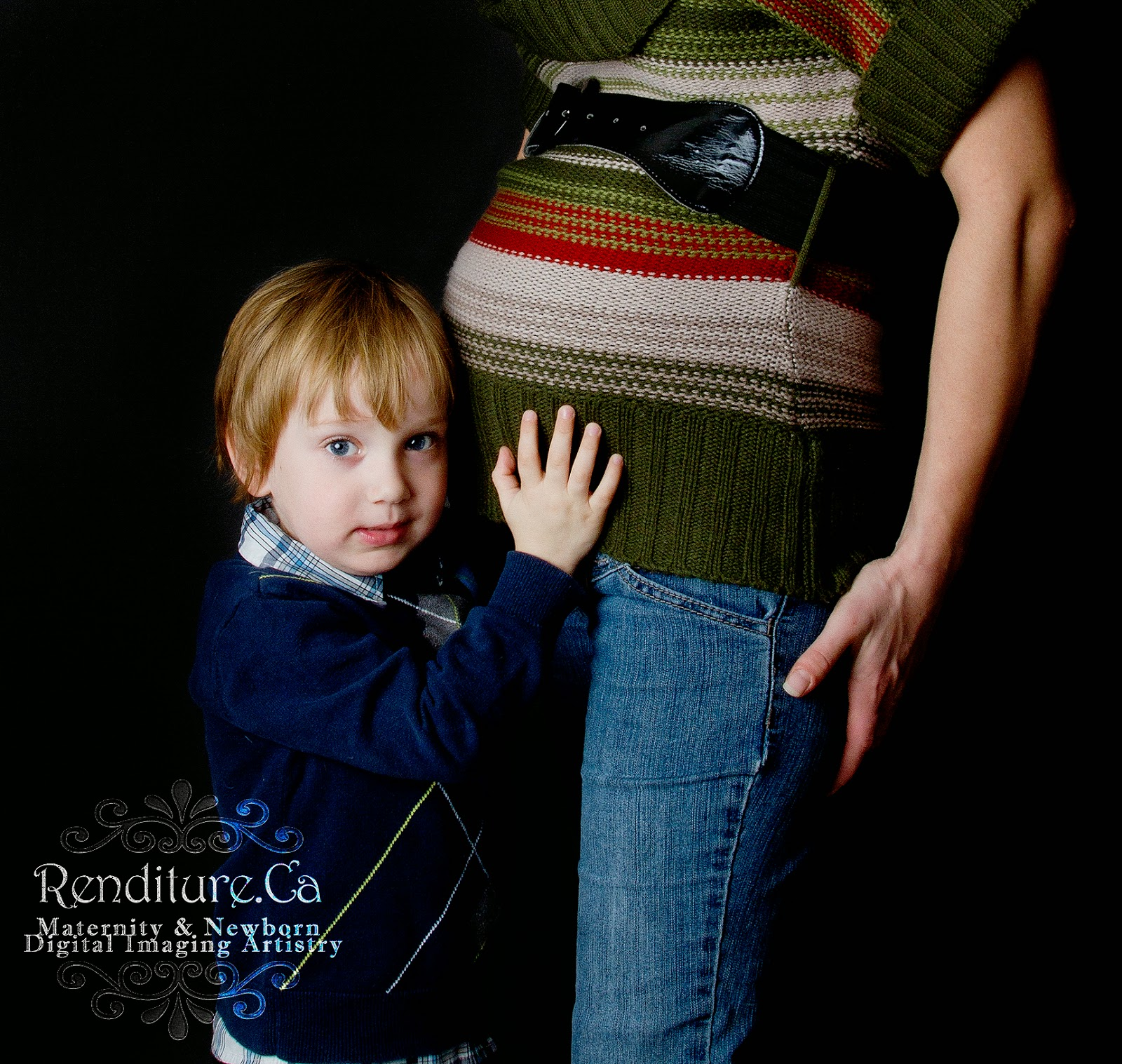 Saskatoon-Newborn-Baby-Photographer-Family-Renditure-Photography-New-Maternity-Pregnant-Pregnancy-Photos-Mother-Saskatchewan-IVF-YXE