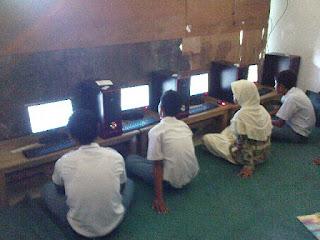 SMK BUSTANUL ULUM - Tata Tertib Ujian Akhir Semester (UAS) Genap 2012