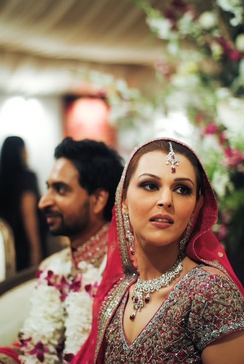 Geo News Anchor Sana Bucha Wedding Pictures