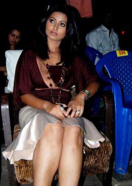 Actress Sneha Latest Beautiful  Stills hot images