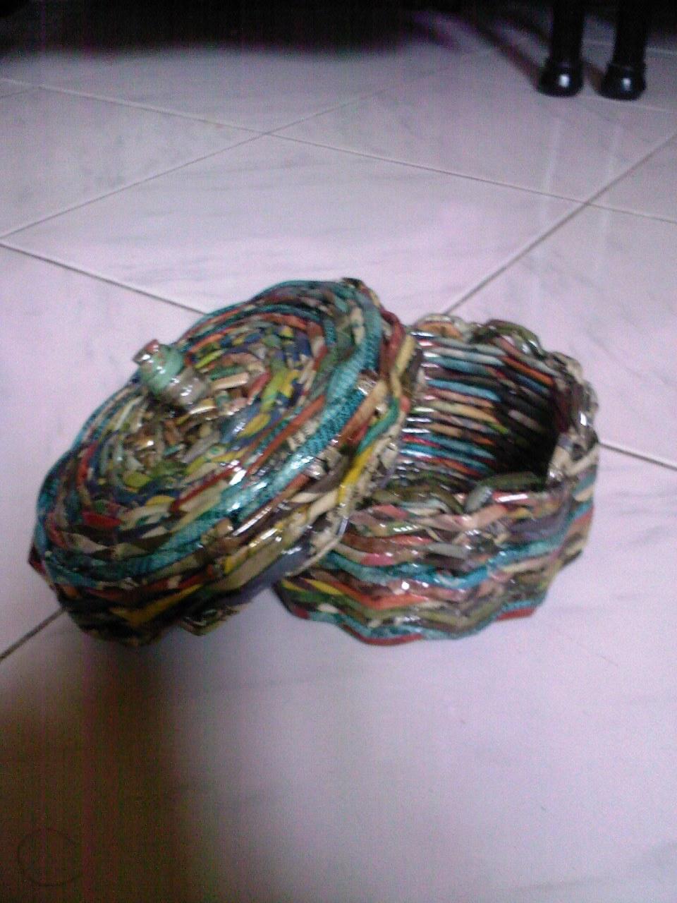 mag donasyon ng inyong lumang dyaryo at papel. Maraming salamat po