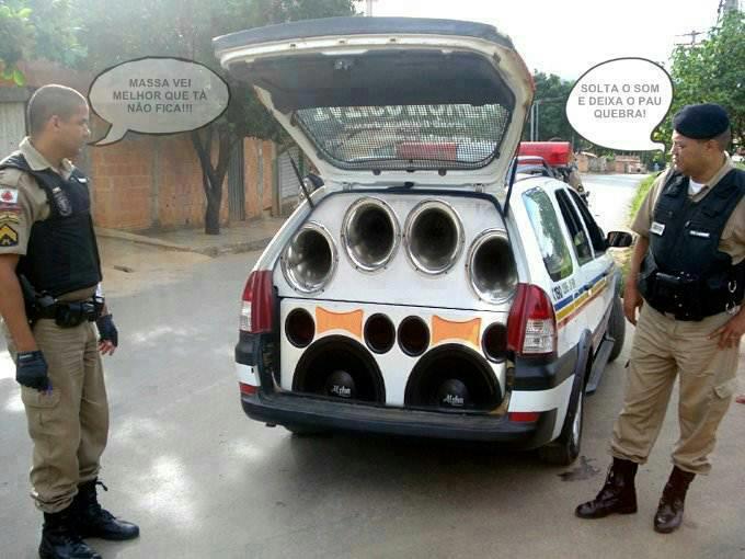 Preferência Carros Baixos e Tunados: Som de Policia RK05
