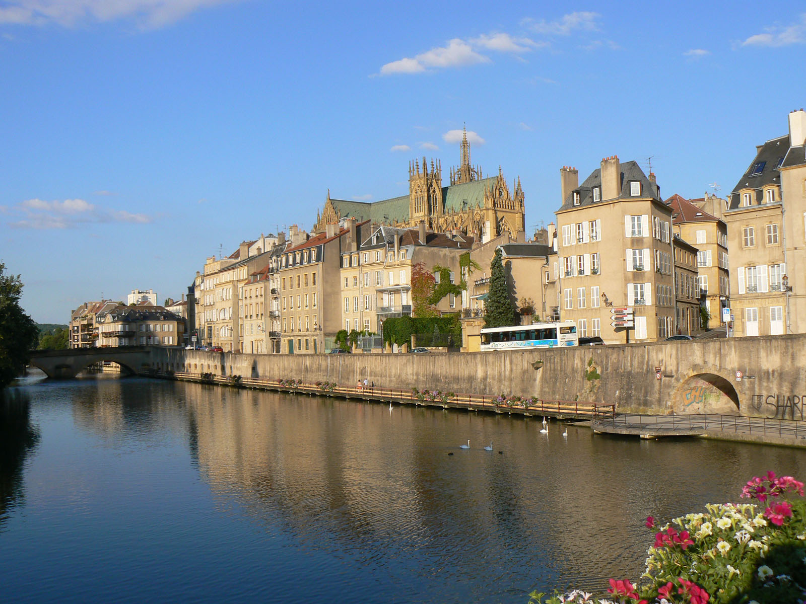 TOP WORLD TRAVEL DESTINATIONS: Metz, France