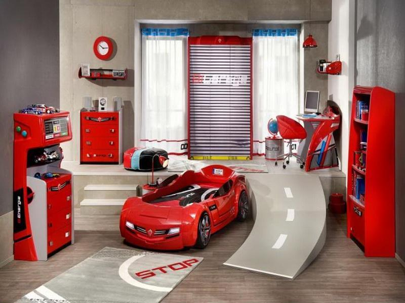 Race car bedroom boy decorating idea for Automobile decorations home