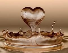 Cinta = Air Mata ( Cerita Pendek )