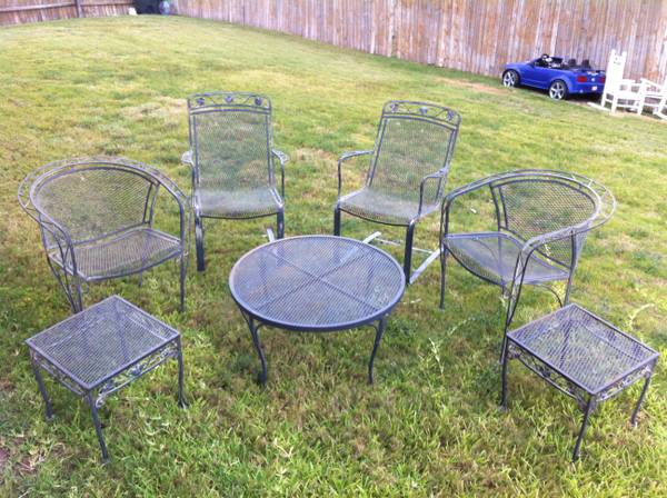 Thou shall craigslist wednesday july 17 2013 for Outdoor furniture austin