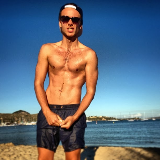 The Stars Come Out To Play: Jamie Buckley - New Shirtless