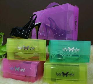 gambar kotak sepatu warna warni