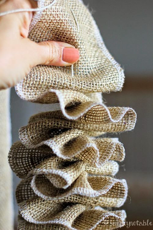 Home made modern craft of the week 10 things to make for What to make with burlap