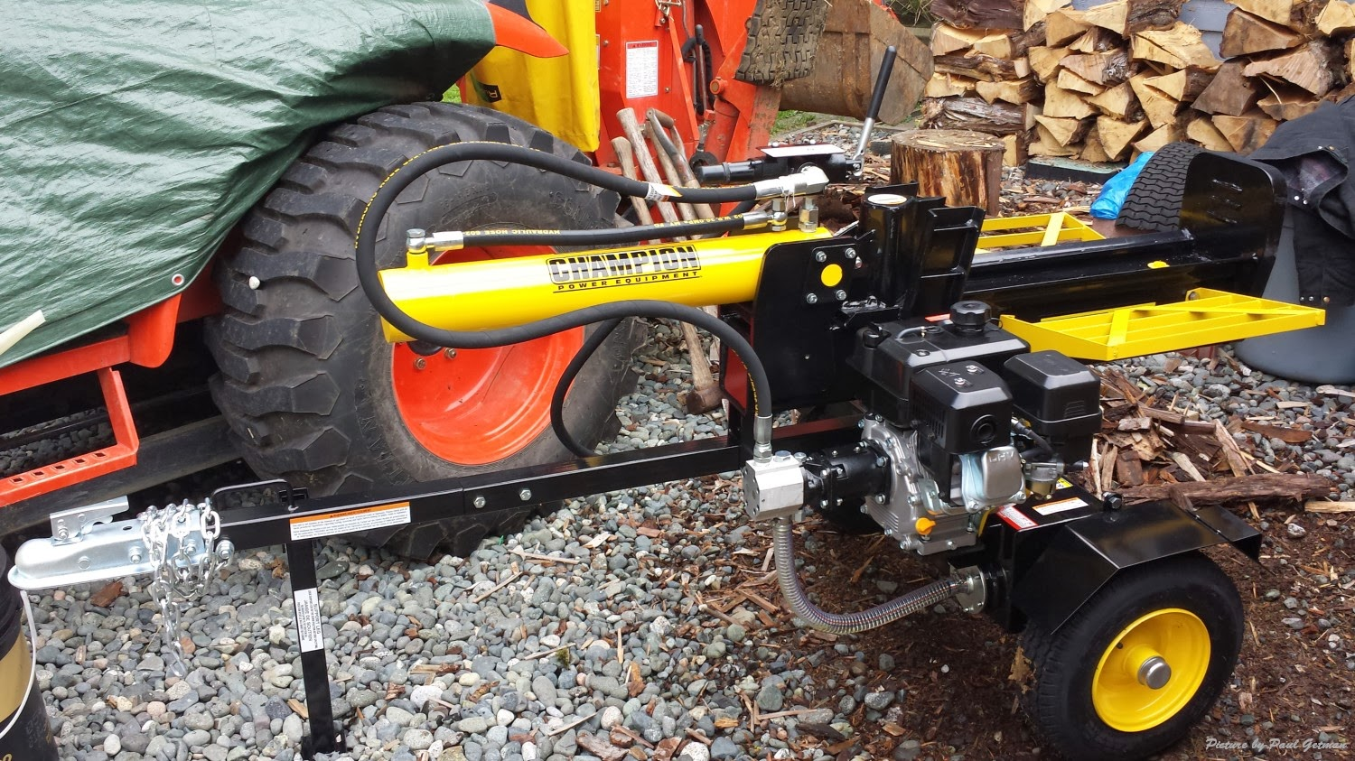 how to use a wood splitter