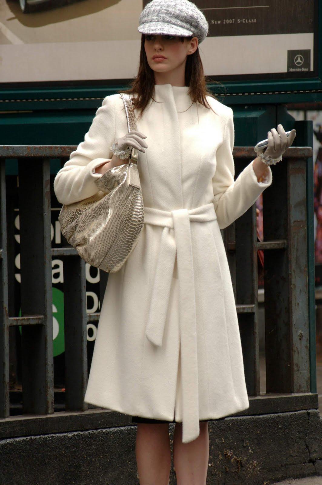 http://3.bp.blogspot.com/-ZWEfwq_Rl78/TcikqZBhT6I/AAAAAAAAAVA/ZwunAr9tr8A/s1600/2006_the_devil_wears_prada_011.jpg