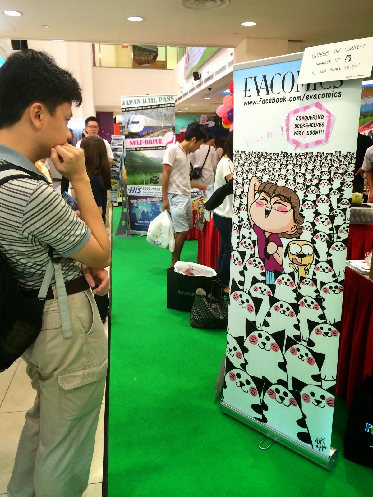 Hello Market 2014 at Liang Court evacomics