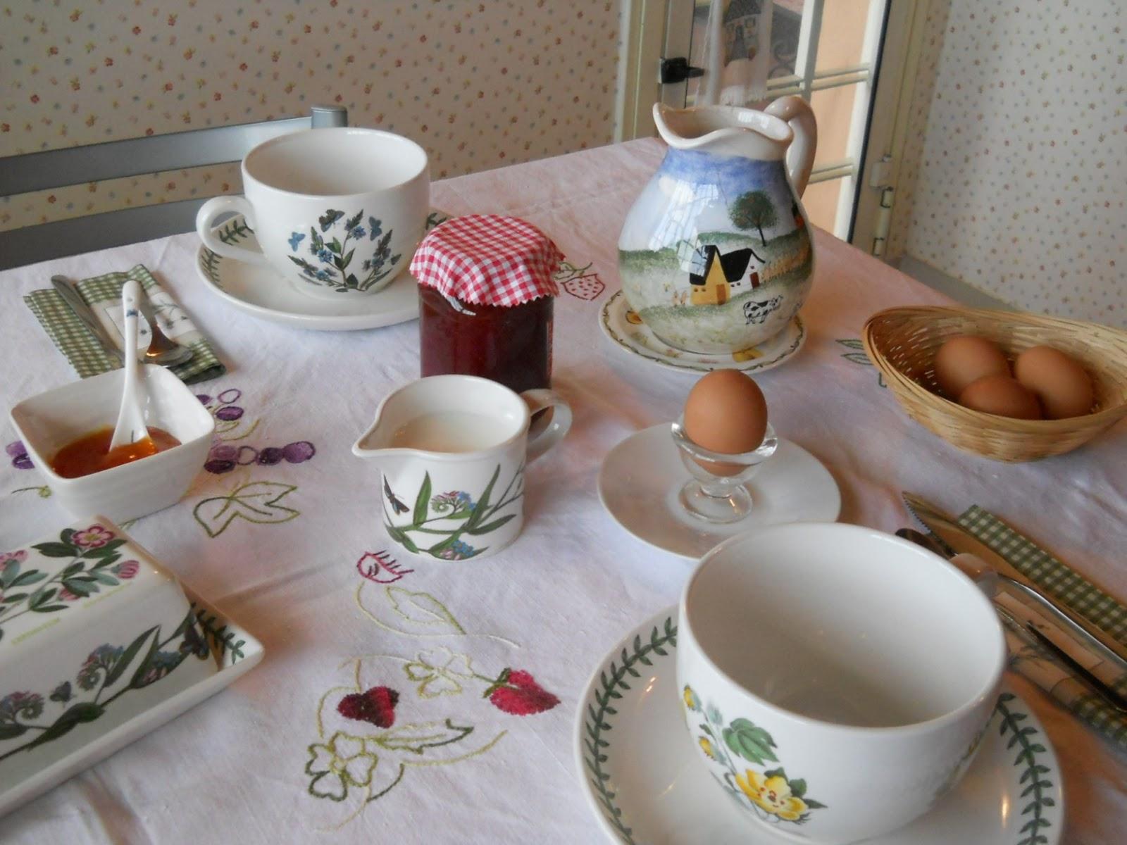 Miss jane home petit d jeuner for Set petit dejeuner porcelaine