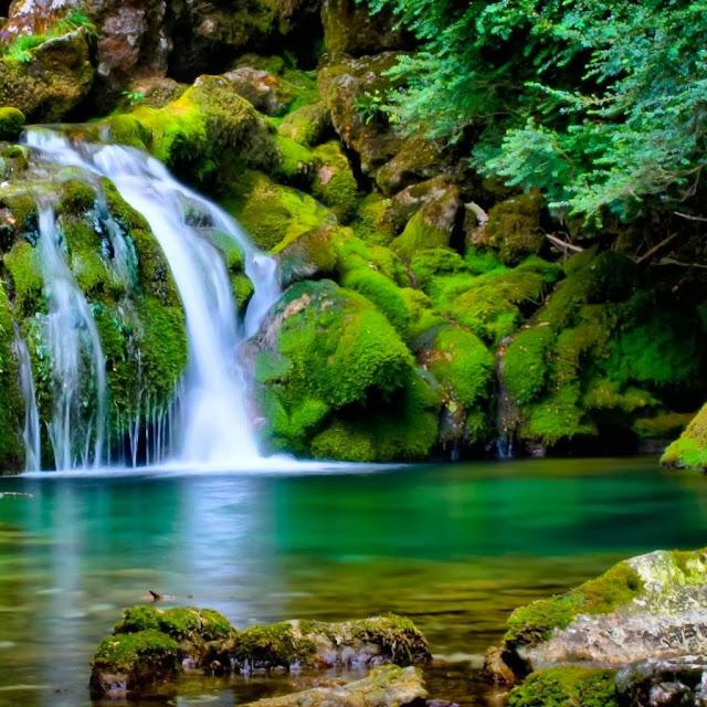 Free Nature Wallpaper: Hot Girl Wallpaper: Beautiful 3D Nature WaterFall HD