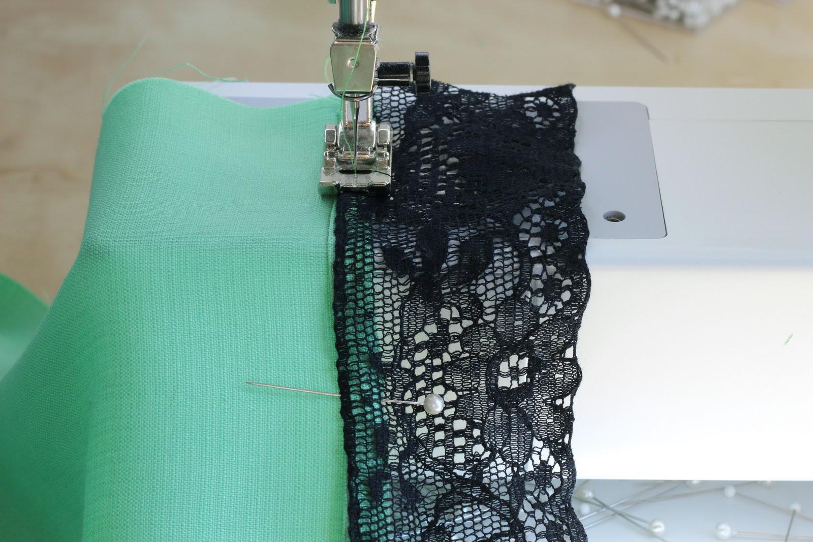 Жилет с капюшоном - Описание вязания, схемы