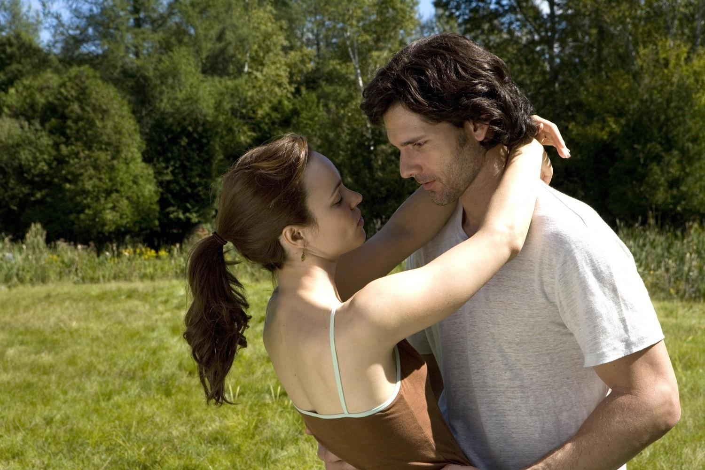 http://3.bp.blogspot.com/-ZXBo71f5tUY/TiMae18mLWI/AAAAAAAAAHc/AFG__1Azpbw/s1600/The-Time-Travelers-Wife-eric-bana-2695338-1500-1000.jpg